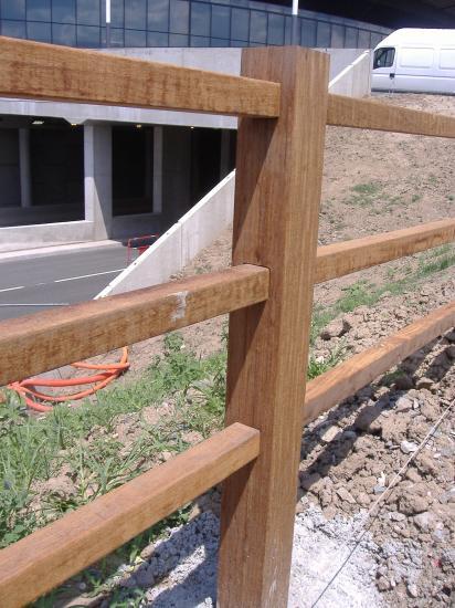 barrière croix st andré en bois