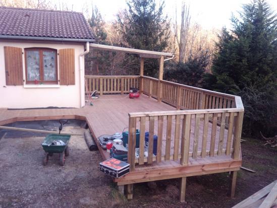 Atout bois terrasse abris pergola eclairages sorbiers 08 12 2