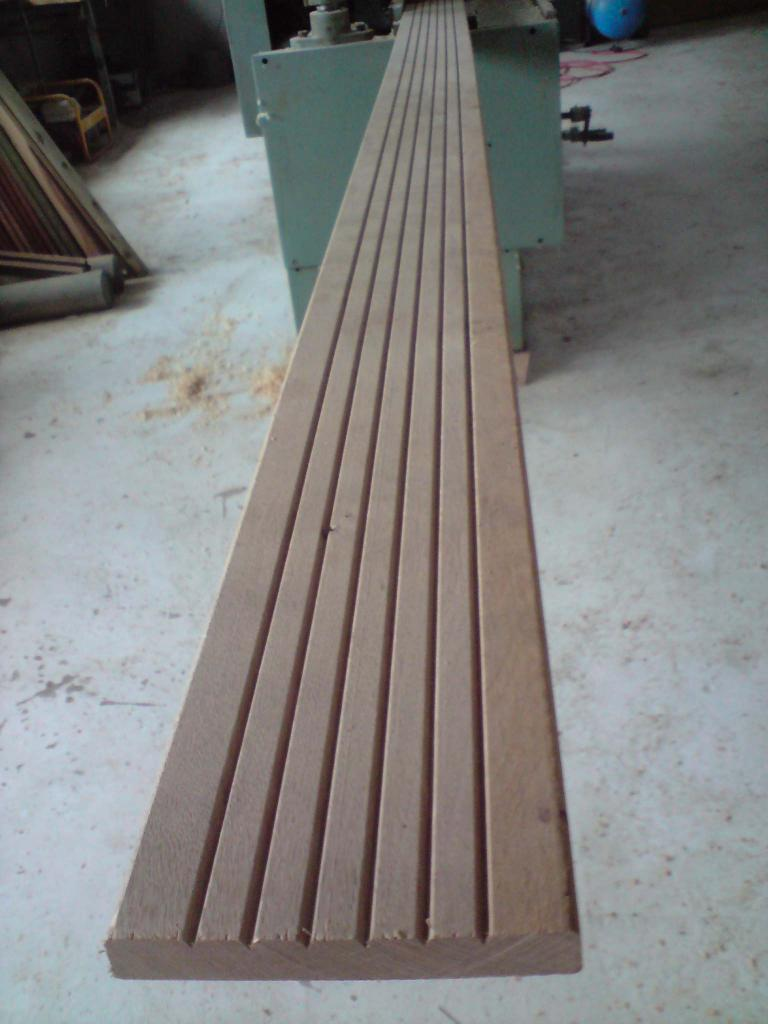 atout bois terrasse en chene essence naturellement durable. Black Bedroom Furniture Sets. Home Design Ideas